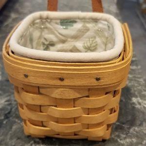 Longaberger Chive Basket Lattice Leaf Protector